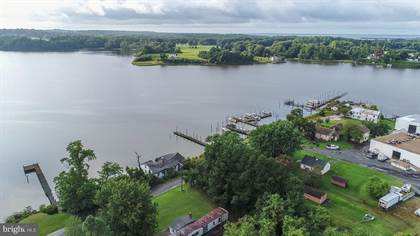 Residential Property for sale in 344 MCGUIRES WHARF ROAD, Montross, VA, 22520