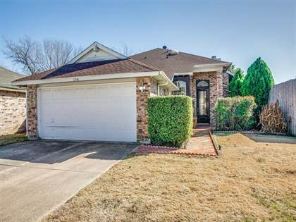 Residential for sale in 2206 Gladstone Drive, Arlington, TX, 76018