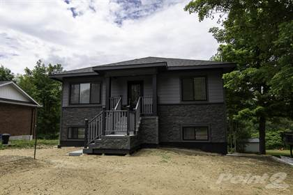 Multifamily for sale in 296 Church Street, Penetanguishene, Ontario, L9M 1G5
