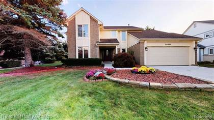 Residential Property for sale in 30205 KINGSWAY Drive, Farmington Hills, MI, 48331
