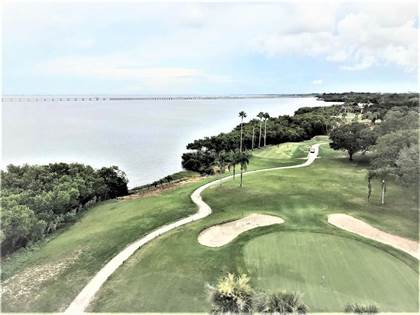 Residential Property for sale in 2616 COVE CAY DRIVE 902, Largo, FL, 33760