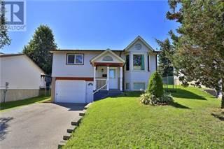 Single Family for sale in 962 STRASBURG Road, Kitchener, Ontario, N2E2K4