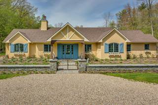 Single Family for sale in 8995 Warren Woods Road, Lakeside, MI, 49116