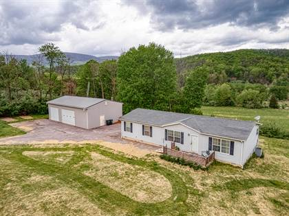 Residential Property for sale in 2189 Johns Creek RD, New Castle, VA, 24127