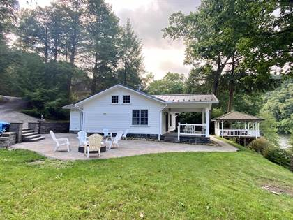 Residential Property for sale in 11 West Maple, Clarion, PA, 16214