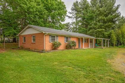 Residential for sale in 1825 GRAMBLING DR, Waynesboro, VA, 22980