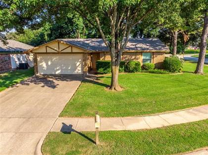 Residential Property for sale in 4209 Glenlawn Court, Arlington, TX, 76016