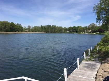 Lots And Land for sale in 2831 BARKMAN Drive, Waterford, MI, 48329