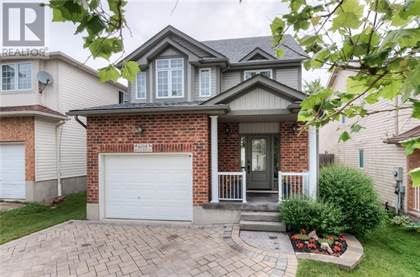 Single Family for sale in 608 MOUNTAIN MAPLE Avenue, Waterloo, Ontario, N2V2P4