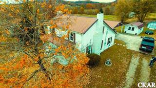 Single Family for sale in 7499 East Ky 70, Yosemite, KY, 42566