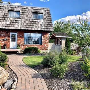 Residential Property for sale in 2002A Foley DRIVE, North Battleford, Saskatchewan, S9A 3G9