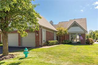 Condo for sale in 9386 SPRING FOREST Drive 49, Indianapolis, IN, 46260