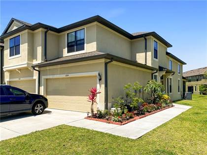 Residential Property for sale in 5200 BAY ISLE CIRCLE, Largo, FL, 33760