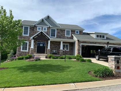 Residential for sale in 13215 Fountain Court, Granger, IN, 46530