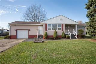 Single Family for sale in 820 W Pearl Sreet, Oakland, PA, 16101
