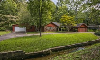 Residential Property for sale in 2104 Hidden Oaks  TR, Bentonville, AR, 72712