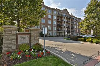 Condo for sale in 396 PLAINS Road E, Burlington, Ontario, L7T2C8