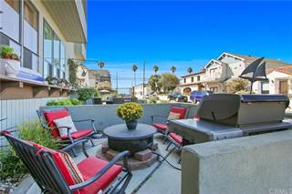 Townhouse for sale in 36 Corona Avenue B, Long Beach, CA, 90803