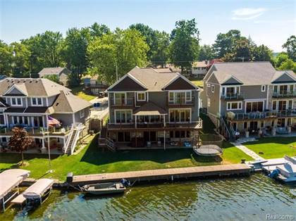 Residential Property for sale in 1030 WYMAN Drive, Waterford, MI, 48328