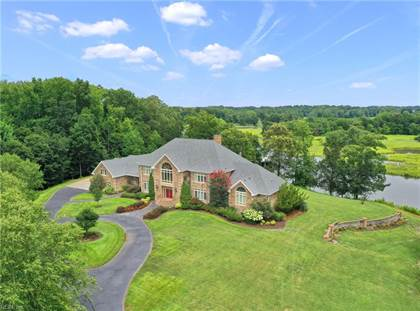 Luxury Homes For Sale Mansions In Smithfield Va Point2