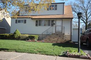 Residential Property for sale in Bertolotto Ave, Little Ferry, NJ, 07643