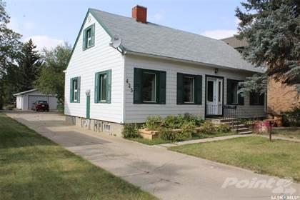 Residential Property for sale in 425 2nd STREET, Weyburn, Saskatchewan, S4H 0V4
