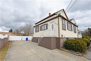 Single Family for sale in 82 Miles Avenue, East Providence, RI, 02914