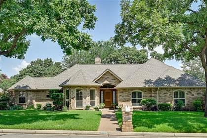 Residential for sale in 2722 Laurel Valley Lane, Arlington, TX, 76006