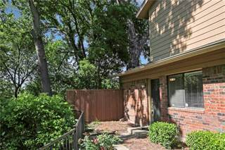 Townhouse for sale in 5746 Cedar Creek Drive, Benbrook, TX, 76109