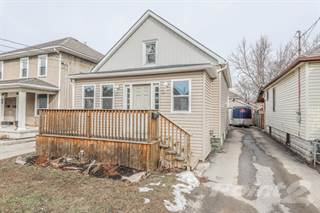 Residential Property for sale in 76 ALBERT STREET, Welland, Ontario, L3B 4L4
