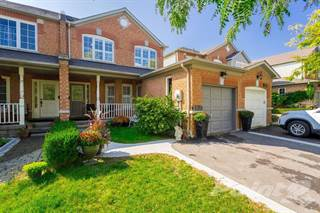 Townhouse for sale in 2956 Jackson Drive, Burlington, Ontario