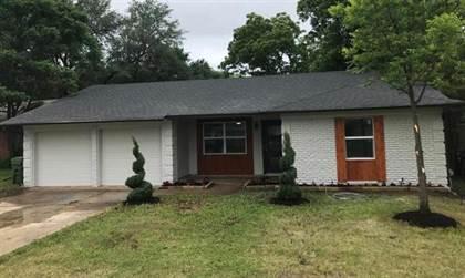Residential for sale in 419 Darlene Lane, Arlington, TX, 76010