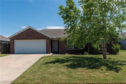 Residential Property for rent in 903  SW Castlewood  ST, Bentonville, AR, 72712