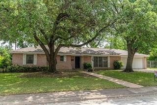 Single Family for sale in 705 Austrian Road, Grand Prairie, TX, 75050