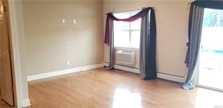 Townhouse for rent in 109 Cove Court, Bronx, NY, 10473
