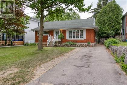 Single Family for sale in 142 OXFORD Street, Kitchener, Ontario, N2H4R9