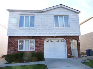 Duplex for sale in 38 Rose Lane, Staten Island, NY, 10312