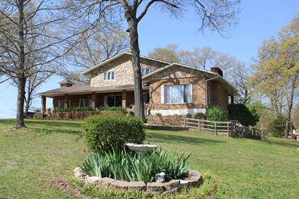 Residential Property for sale in 929 Country Club Drive, West Plains, MO, 65775