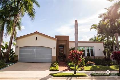 Residential Property for sale in Calle Guayabo, Urb. Finca Elena, Guaynabo, PR  F1, Guaynabo, PR, 00971