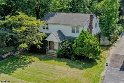 Multifamily for sale in 66 E. Century Road, Paramus, NJ, 07652
