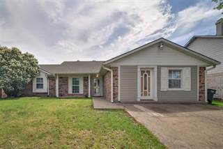 Single Family for sale in 4704 Moss Rose Drive, Fort Worth, TX, 76137
