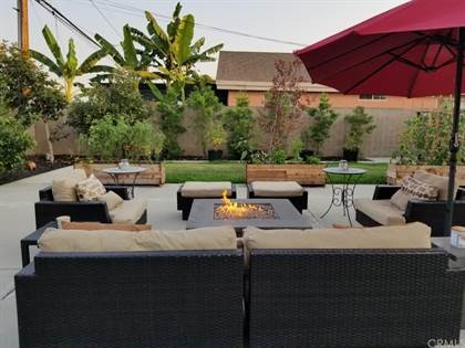 Residential for sale in 2322 Roswell Avenue, Long Beach, CA, 90815