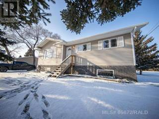 Single Family for sale in 24 1ST STREET WEST, Neilburg, Saskatchewan, S0M2C0