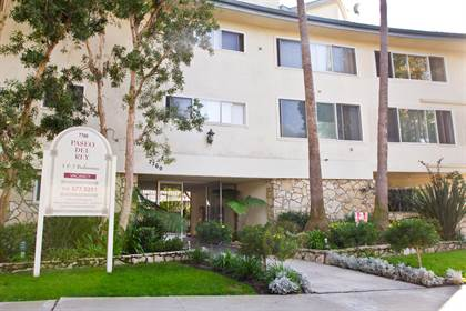 Apartment for rent in 7760 Paseo del Rey, Los Angeles, CA, 90293