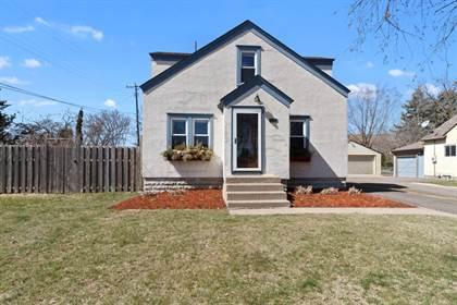 Residential Property for sale in 1697 Chatsworth Street N, Roseville, MN, 55113