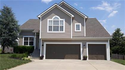 Residential Property for sale in 1838 White Tail Lane, Liberty, MO, 64068