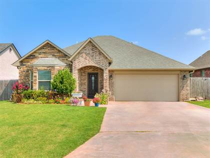 Residential Property for sale in 1912 Twisted Oak Ct, Shawnee, OK, 74804