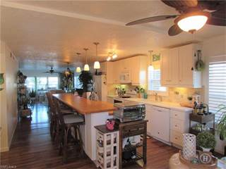 Condo for sale in 4104 SE 18th AVE 1D, Cape Coral, FL, 33904