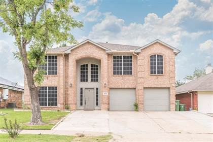 Residential Property for sale in 6741 Silvercrest Drive, Arlington, TX, 76002