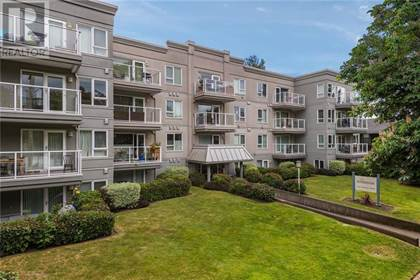 Single Family for sale in 2647 Graham St 409, Victoria, British Columbia, V8T3Y8